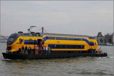 train_bateau